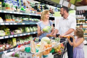 GfK: Na produkty FMCG gospodarstwa domowe wydają ok. 11,4 tys. zł rocznie