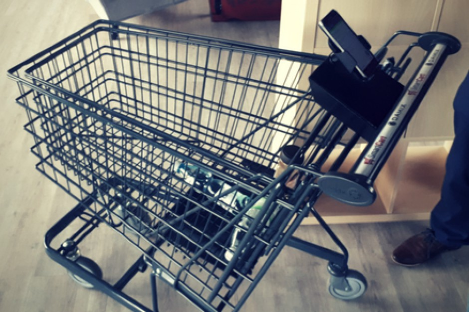 Carrefour wdroży w swoich sklepach SmartCart, inteligentny wózek na zakupy