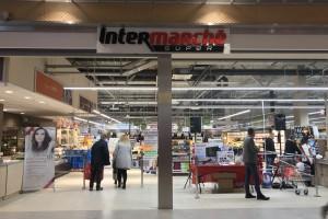 Intermarche z supermarketem w Wieliczce