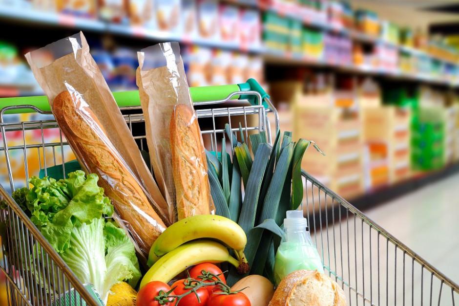 Koszyk cen: Jaja podbijają rachunek za zakupy w sklepach osiedlowych