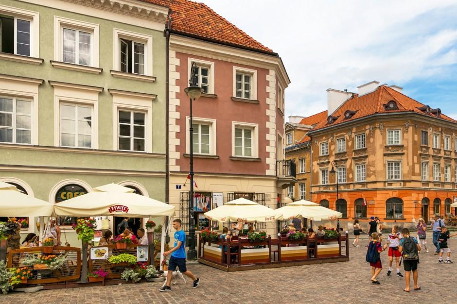 Raport CBRE o stołecznych ulicach handlowych: Nowy Świat najdłuższą restauracją w Europie