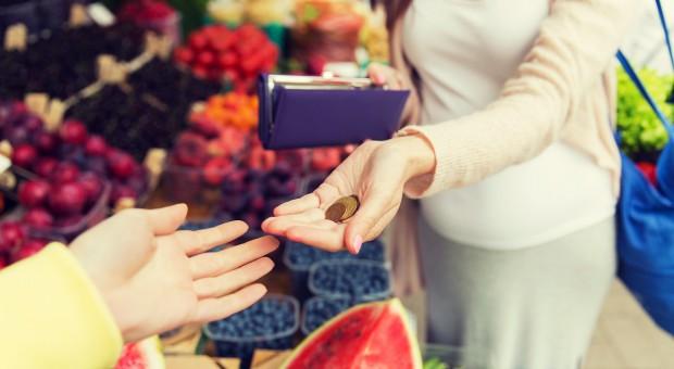 Obroty w małych sklepach wzrosły o 8 proc. rok do roku. Powodem wzrost cen żywności