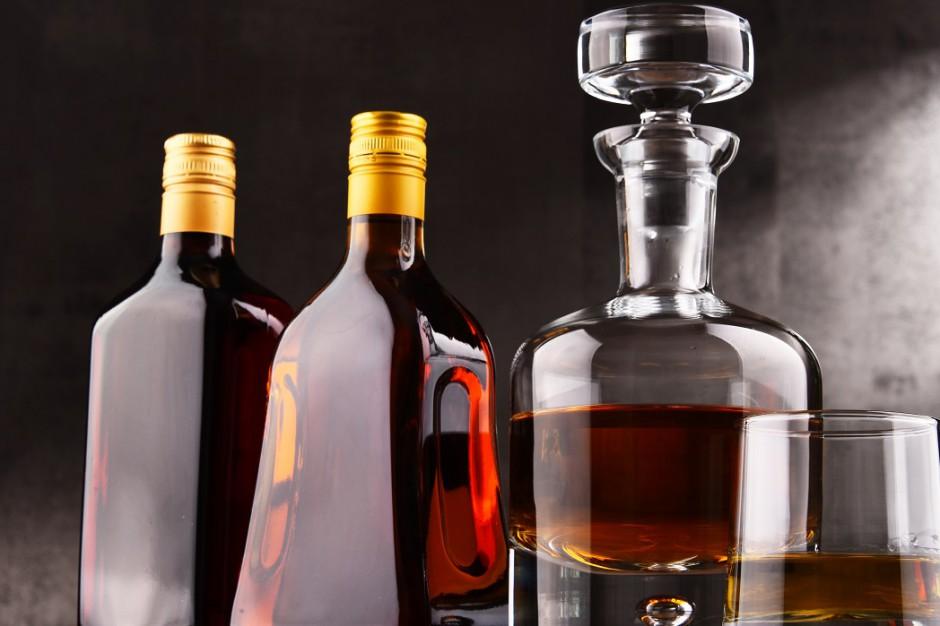 Sprzedaż alkoholu w Polsce coraz mniej opłacalna. Firmy stawiają na eksport