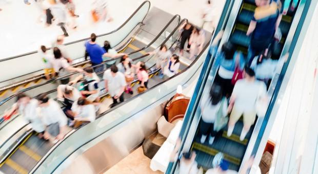 Poradnik: Jak przyciągnąć i przywiązać do siebie klienta