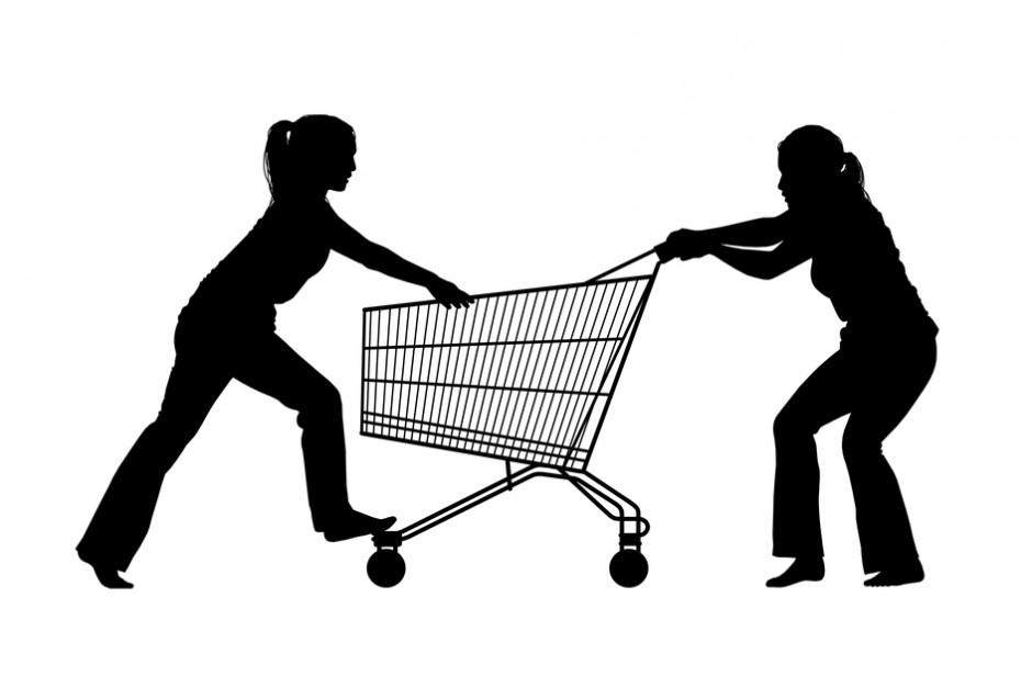 Nutella, karpie i crocsy, czyli o co bijemy się w supermarkecie