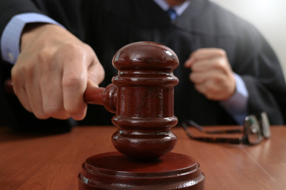 Sędzia, która przekleiła ceny w hipermarkecie z zarzutami prokuratorskimi