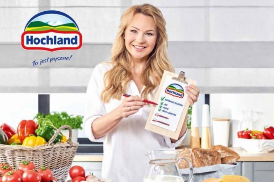 Hochland musi zmienić reklamę serków z Anną Guzik