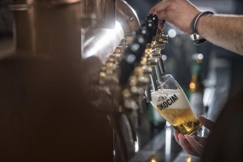 Fiskus: Firmowe szklanki piwa i cydru to reklama. Trzeba zapłacić podatek