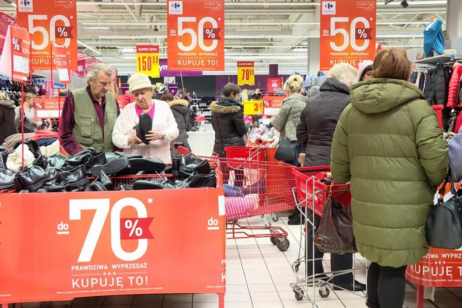 Na Węgrzech zakaz handlu w niedziele okazał się niewypałem, jak będzie w Polsce?