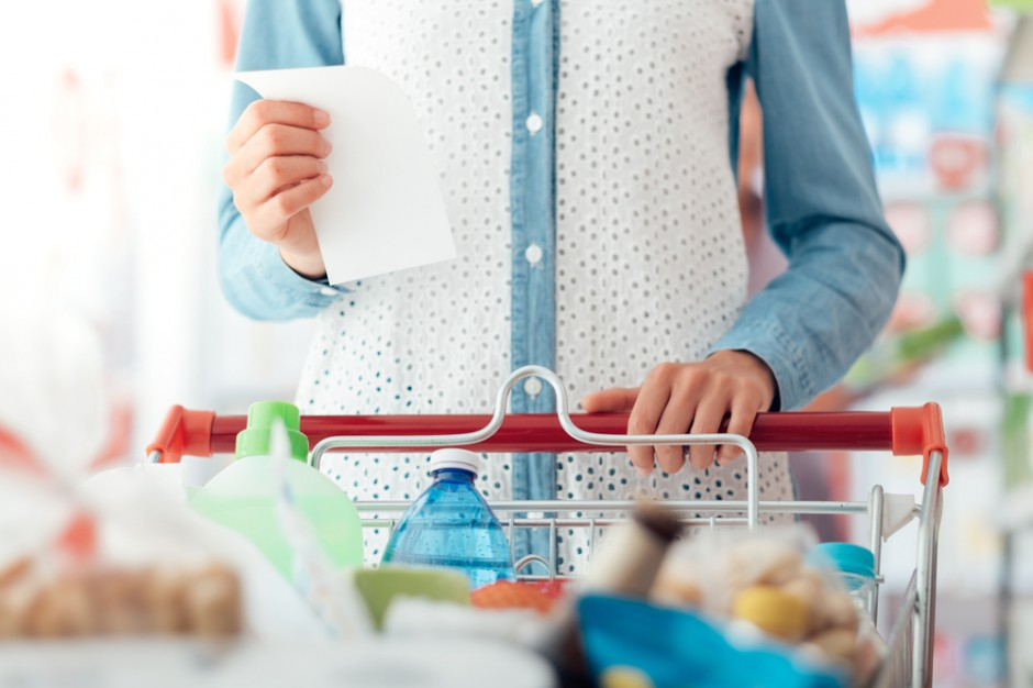 Koszyk cen: Supermarkety nie są w stanie dogonić liderów cenowych