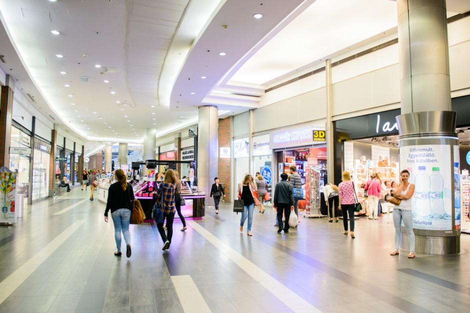 Eksperci: Czynsze za metr maleją, bo rośnie powierzchnia sklepów