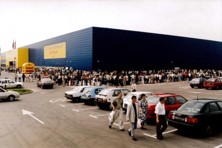 IKEA Kraków ma już 20 lat. Jak się robiło zakupy pod koniec lat 90-tych? (galeria)