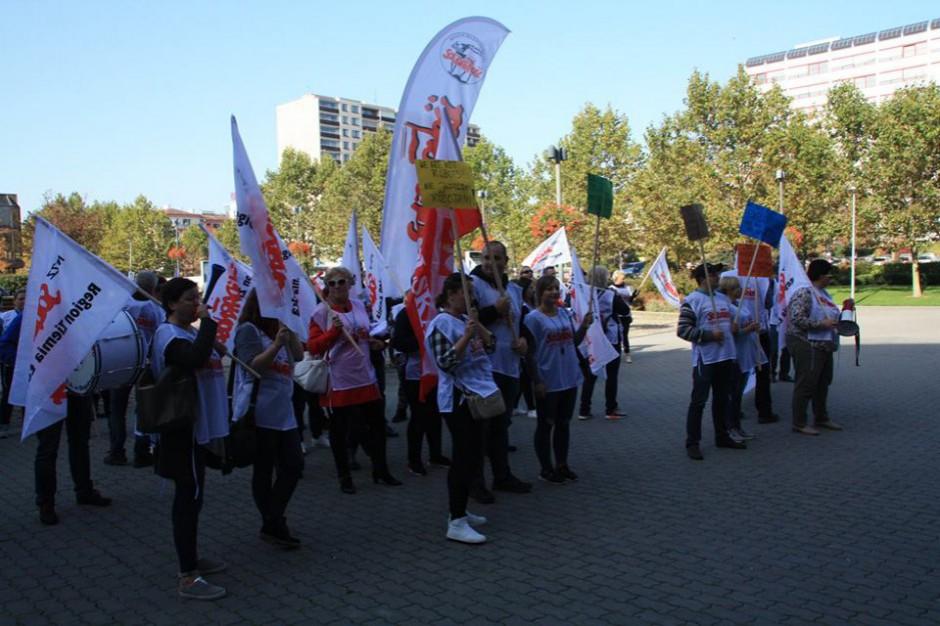 Solidarność Tesco: Zarząd przedstawił propozycję podwyżek, nie zgadzamy się na nią