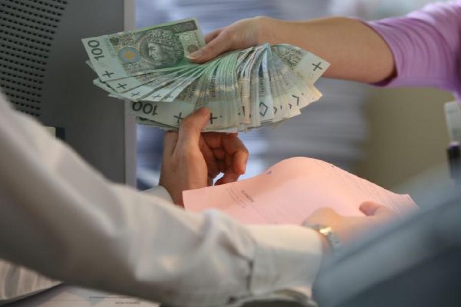 Raport: Handel utrzymuje dobre ceny dzięki kredytom kupieckim od producentów