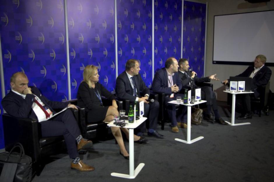 Zakaz handlu w niedziele rozgrzał dyskusję na X EEC (wideo)