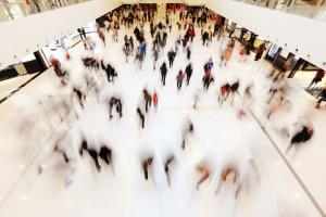 C&W: Ruch w centrach handlowych przekierował się na czwartki, piątki i poniedziałki