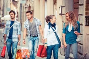 Badanie BNP Paribas: Młodzi konsumenci wciąż preferują zakupy w sklepach...