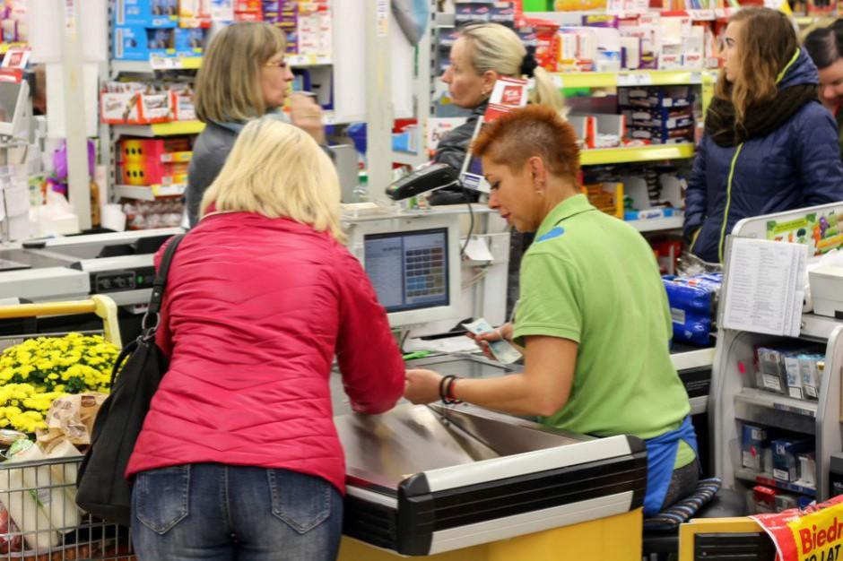 W Biedronce będzie można pracować tylko przy kasie