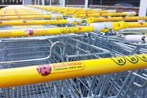 Polski producent wózków dla Biedronki i Polomarketu przejmuje spółkę we Francji