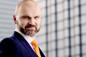 Advent zainwestuje 250 mln zł w rozwój InPostu