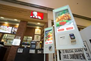 M4B wyposaży restauracje KFC w kioski samoobsługowe