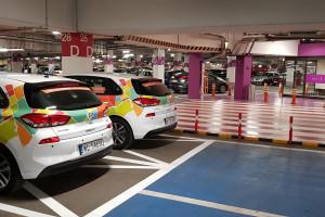 Carrefour Polska z  usługą carsharingu 4mobility
