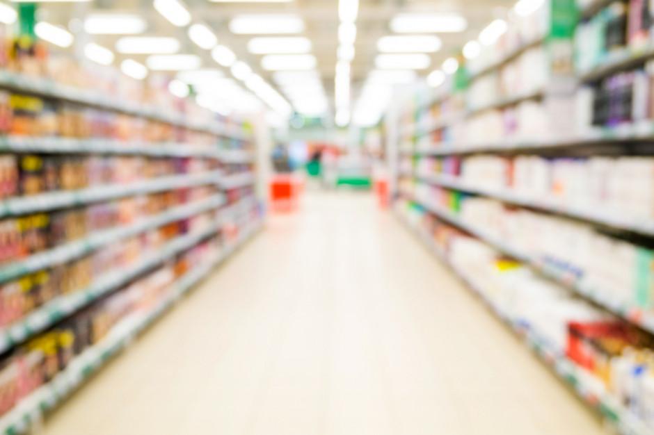Carrefour i Tesco przyparte do muru przez dyskonty - analiza przyczyn aliansu