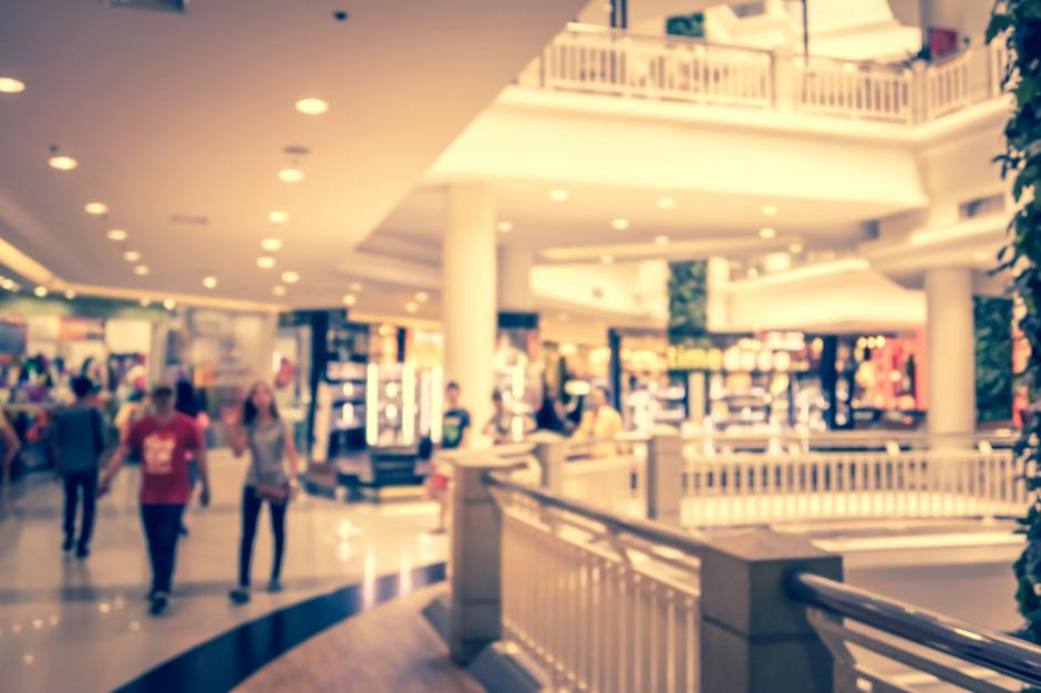 Badanie: 10 proc. Polaków próbuje znaleźć jakikolwiek sklep otwarty w niedzielę