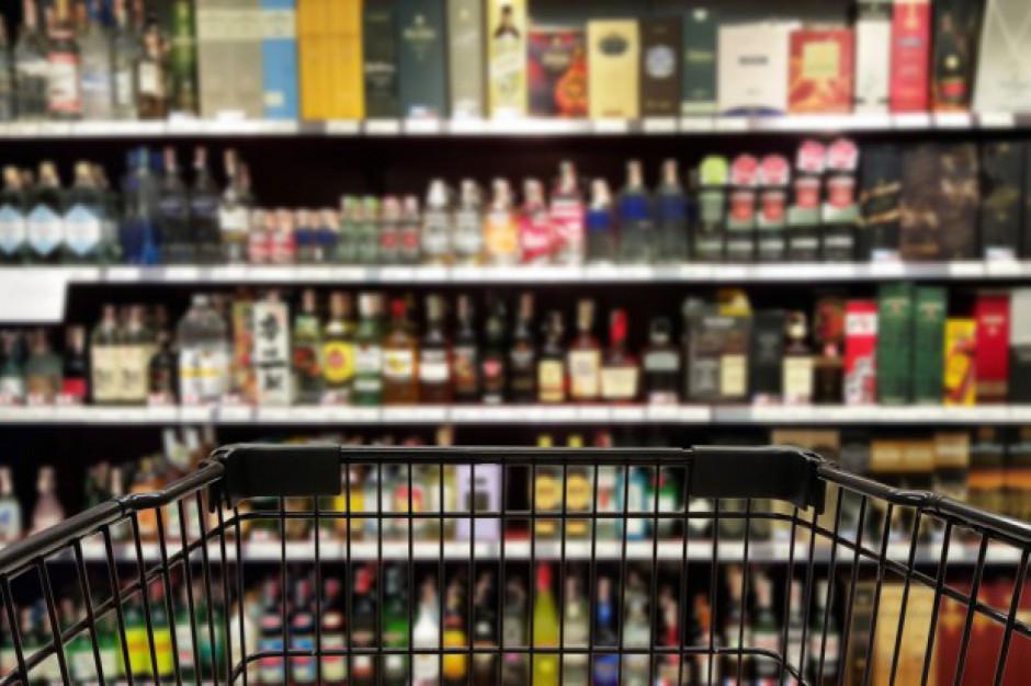 Krakowscy radni zwiększyli limit zezwoleń na sprzedaż alkoholu