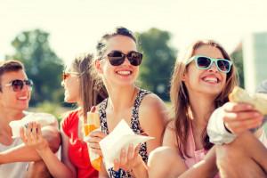Badanie: 23 proc. osób w wieku 20-29 lat kupuje dania gotowe prawie codziennie