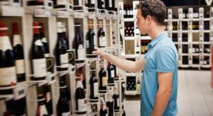 Na 130 sklepów, 72 były gotowe sprzedać alkohol nieletnim