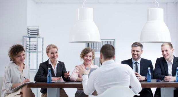 Rekrutacja wewnętrzna i employer branding sposobem na problemy z brakiem pracowników