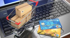 Handel ubraniami i butami w internecie rośnie 17 proc. rocznie