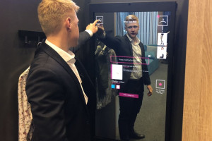 Abyss Glass: Nasze interaktywne lustra łączą kanał e-commerce ze sklepami...