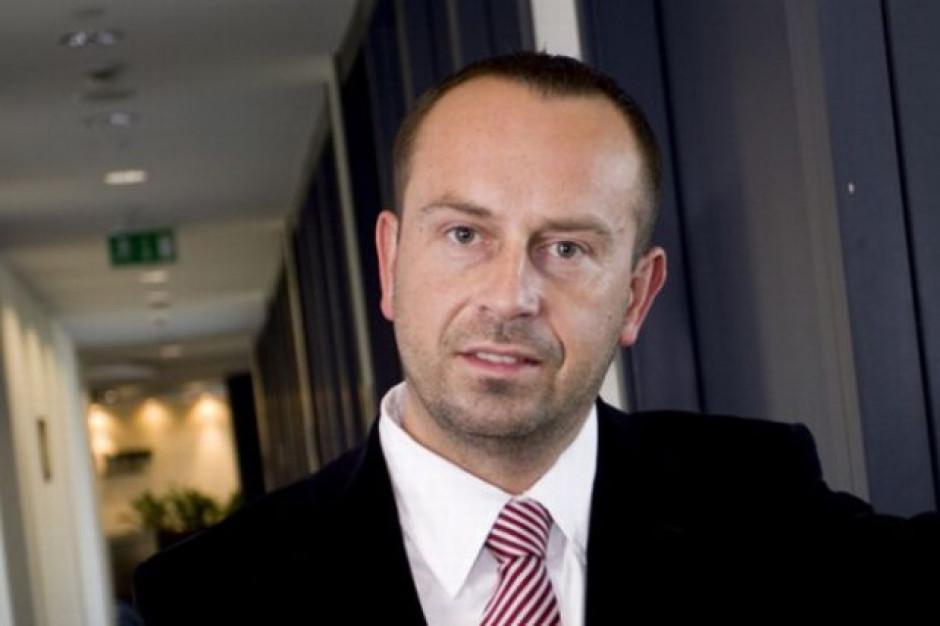 Partner PwC: Mere może mieć problem ze zbudowaniem oferty atrakcyjnej dla Polaków