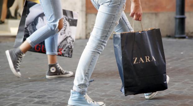 Zara będzie wydawać paczki ze sklepów stacjonarnych