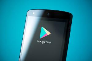 Sklep Google Play zyskał możliwość pobierania dużych treści bez połączenia z...