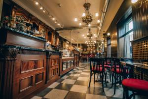 Design wyróżnikiem nowej kawiarni Green Caffè Nero  w Warszawie