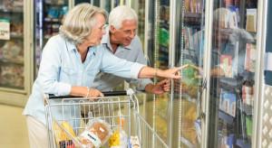 Jak kupują seniorzy? Ekspert o wyborach i potrzebach srebrnej generacji