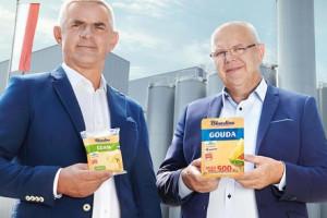 Właściciele firmy Polmlek w reklamie Lidla