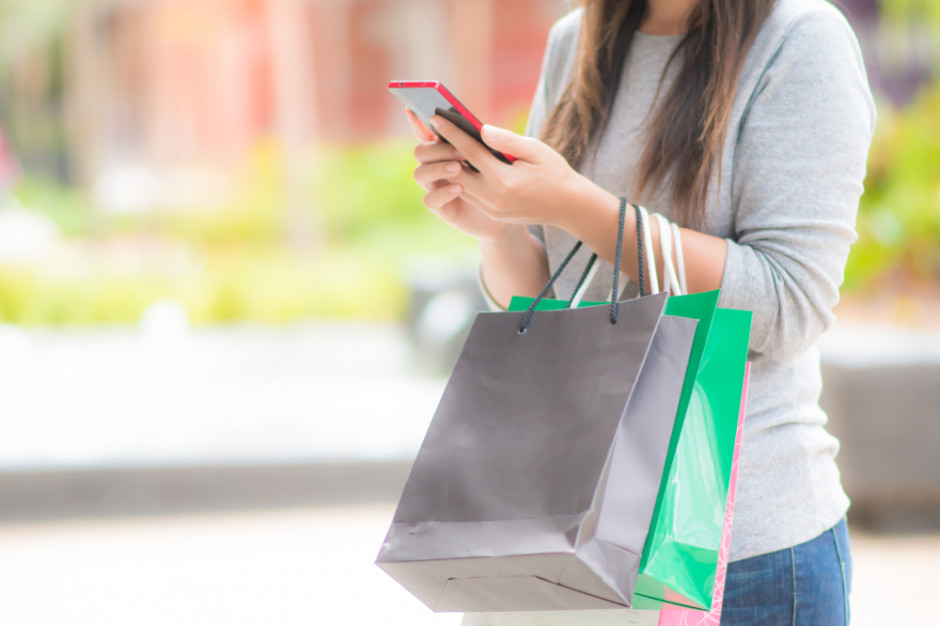E-commerce zna konsumenta lepiej niż tradycyjny detal