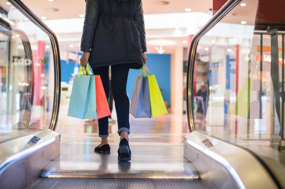 Coraz mniej klientów odwiedza centra handlowe w handlowe niedziele