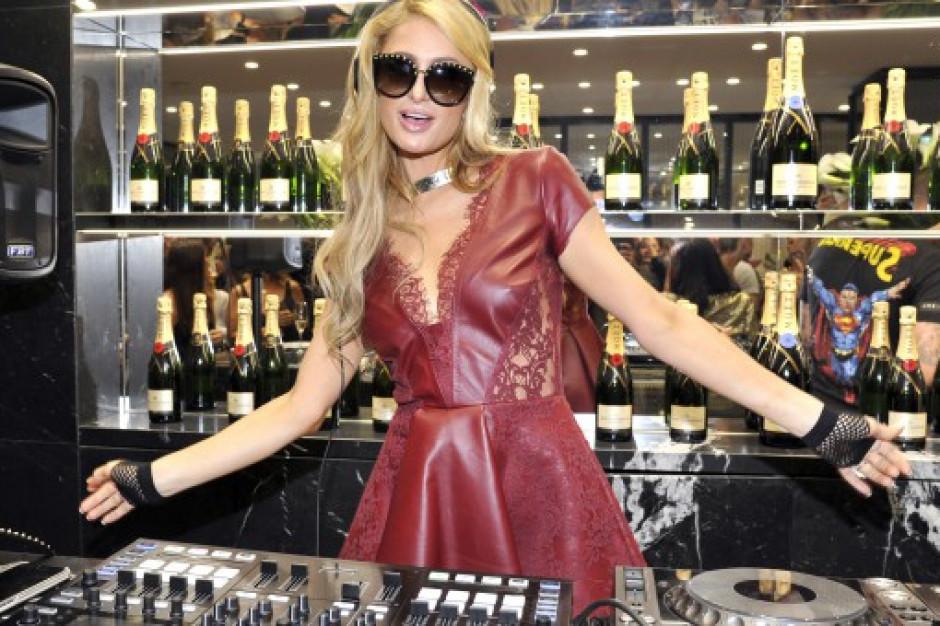 """Włochy ocalone przed """"prosecco"""" Paris Hilton"""