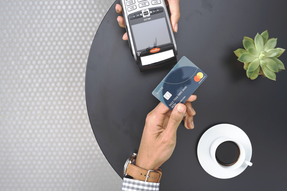 Mastercard: W rok ilość transakcji zbliżeniowych wzrosła o 38 proc.