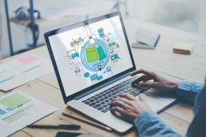 W 2018 roku przynajmniej 30 proc. nowych aplikacji detalicznych będzie działać w...