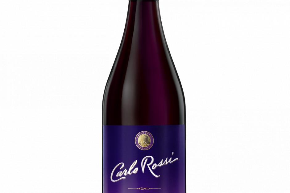 Jeżynowy wariant wina Carlo Rossi