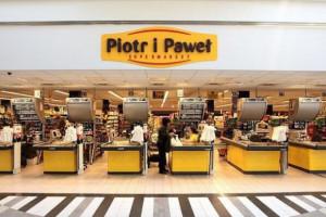 Pięć sklepów Piotra i Pawła zmieni szyld na Biedronkę