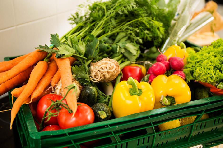 Prezes Tesco wzywa przemysł spożywczy do podjęcia walki z marnowaniem żywności