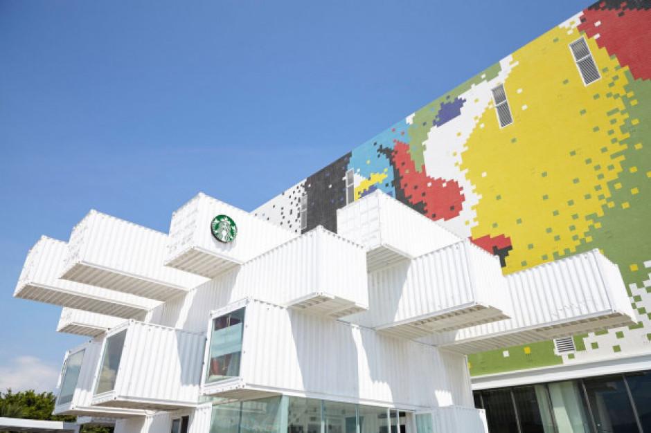 Starbucks zbudował kawiarnię z kontenerów
