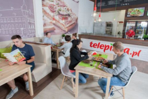 AmRest wnioskuje do UOKiK o przejęcie Telepizzy